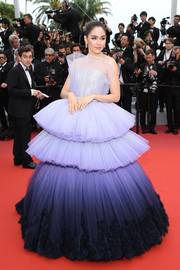 Araya Hargate got majorly glam in a strapless ombre princess gown by Ralph & Russo Couture for the 2019 Cannes Film Festival opening ceremony.