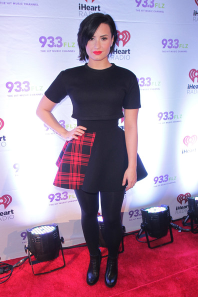 Demi Lovato Tights [clothing,tights,fashion,kilt,footwear,design,dress,pattern,joint,tartan,demi lovato,flz\u00e2,amalie arena,tampa,florida,flz,jingle ball]