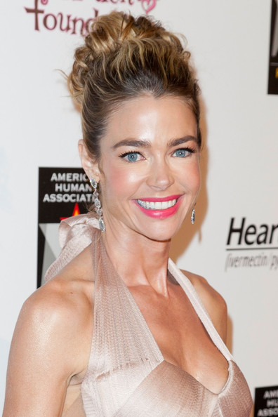 Denise Richards Pink Lipstick