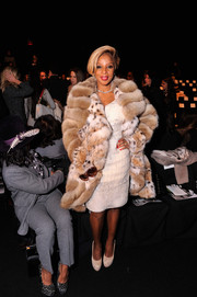 Mary J. Blige looked quite the diva in this Dennis Basso fur coat during the label's fashion show.