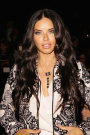 Adriana Lima went to the Desigual fashion show wearing ultra-long mermaid waves.