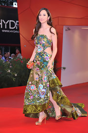 Pace Wu showed off her gold peep toe pumps while hitting the Venice Film Festival.