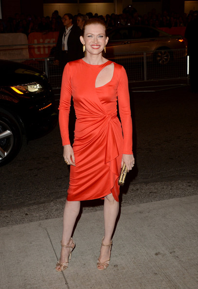 More Pics of Mireille Enos Box Clutch (1 of 15) - Mireille Enos Lookbook - StyleBistro