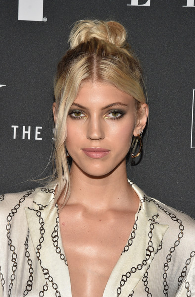Devon Windsor Hair Knot