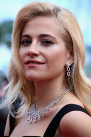 Pixie Lott was dripping with Chopard diamonds at the 'Dheepan' premiere in Cannes.
