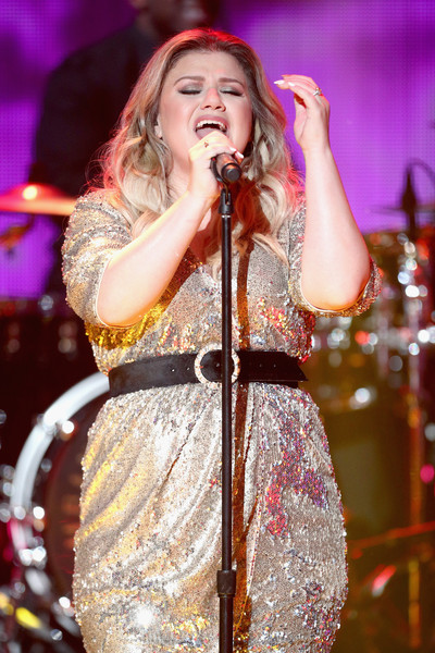 More Pics of Kelly Clarkson Sequin Dress (4 of 4) - Dresses & Skirts Lookbook - StyleBistro [performance,entertainment,performing arts,singing,music artist,music,singer,song,musician,event,california,los angeles,dick clarks new years rockin eve with ryan seacrest,kelly clarkson]