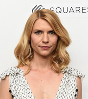 Claire Danes looked lovely with her billowy waves at the 2018 Tribeca Film Festival.