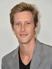 Gabriel Mann looked downright princely in a side-parted straight haircut at the 'TCA Summer Press Tour.'