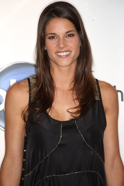More Pics of Missy Peregrym Long Straight Cut (1 of 3) - Missy Peregrym Lookbook - StyleBistro
