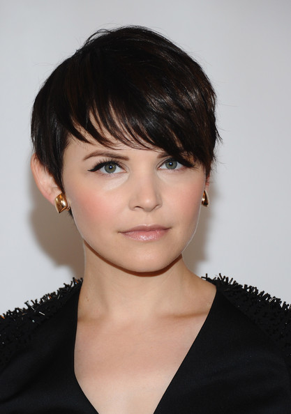 More Pics of Ginnifer Goodwin Short Straight Cut (2 of 17) - Short Hairstyles Lookbook - StyleBistro