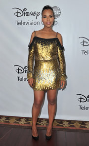 Kerry Washington paired her glitzy ensemble with black stilettos.