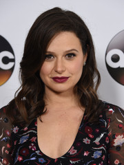 Katie Lowes looked sweet and pretty with her mid-length curls at the Disney ABC Television Group Winter TCA Tour.