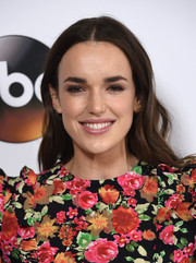 Elizabeth Henstridge wore her hair down with billowy waves at the Disney ABC Television Group Winter TCA Tour.