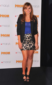 Aimee Teegarden wore black lace-front peep-toes to a signing for her new movie 'Prom.'