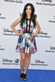 Edy Ganem's watercolor floral frock was totally fun and flirty on the actress.