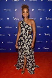 Anika Noni Rose kept it breezy in a one-shoulder floral cutout dress by Cinq à Sept during Disney's D23 Expo 2017.