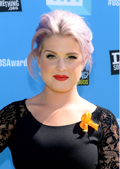 More Pics of Kelly Osbourne Ponytail (1 of 4) - Ponytail Lookbook - StyleBistro