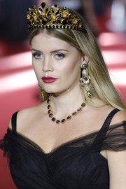 A gorgeous gemstone necklace polished off Kitty Spencer's accessories.