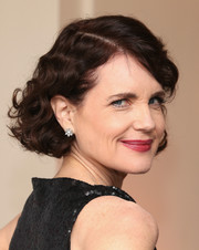 Elizabeth McGovern sported a curly bob at the 'Downton Abbey' Ball.