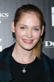 Heidi Mount was fresh-faced at the 'Delivery Man' screening with this casual ponytail.