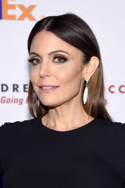 Bethenny Frankel kept it simple yet elegant with this loose, center-parted style at the Dress for Success Gala.