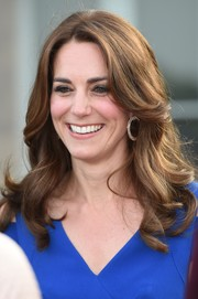 Kate Middleton graced the 40th anniversary of SportsAid wearing her hair in a cute feathered flip.