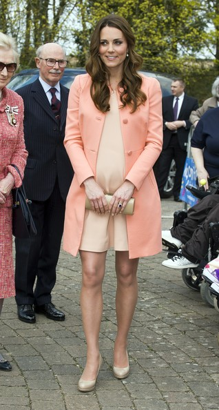 Kate Middleton Visits a Children's Hospice 7