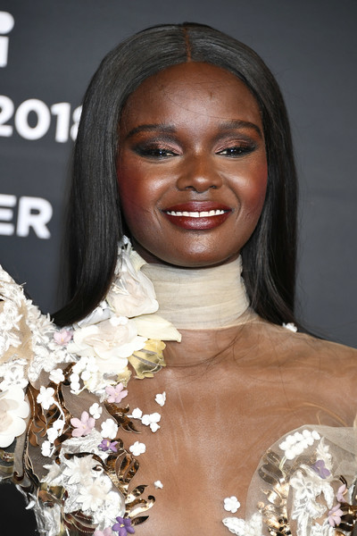 Duckie Thot Long Straight Cut