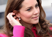 Kate Middleton attended an event at the Stephen Lawrence Centre wearing simple yet gorgeous dangling diamond earrings by Kiki McDonough.