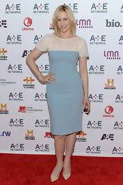 Vera's powder blue and lace cocktail dress gave her a soft and feminine look on the red carpet.