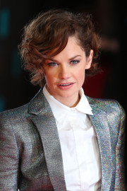 Ruth Wilson attended the 2014 EE British Academy Film Awards wearing her hair in a short curly style.