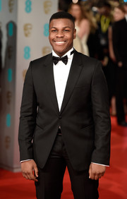Star Wars actor John Boyega donned a classic bowtie with his red carpet ready tux.