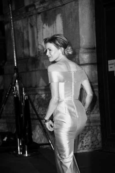 More Pics of Renee Zellweger Off-the-Shoulder Dress (1 of 30) - Dresses & Skirts Lookbook - StyleBistro [image,photograph,lady,shoulder,dress,beauty,black-and-white,fashion,gown,photography,photo shoot,renee zellweger,british academy film awards,ee,england,london,royal albert hall,red carpet arrivals,ren\u00e9e zellweger,73rd british academy film awards,los angeles,royal albert hall,actor,photograph,celebrity,image,model,black and white]