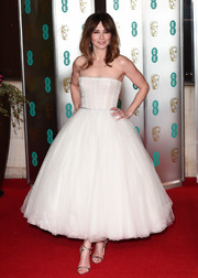 Linda Cardellini channeled her inner ballerina in a strapless tea-length tutu dress by Paolo Sebastian at the EE British Academy Film Awards.