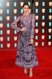 Louise Roe looked divine in an intricately embroidered Naeem Khan dress at the 2017 BAFTAs.