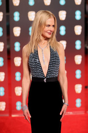 Nicole Kidman flaunted a stunning diamond cuff bracelet by Harry Winston at the 2017 BAFTAs.