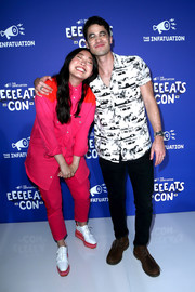 A pair of white and pink brogues rounded out Awkwafina's well-coordinated look.