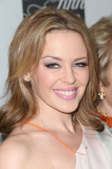 More Pics of Kylie Minogue Medium Wavy Cut (1 of 9) - Medium Wavy Cut Lookbook - StyleBistro