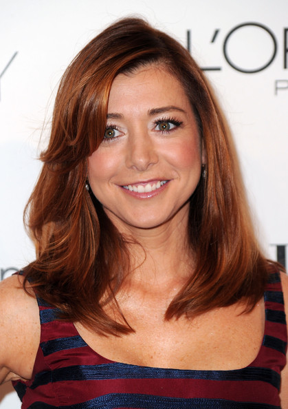 More Pics of Alyson Hannigan Neutral Nail Polish (1 of 7) - Alyson Hannigan Lookbook - StyleBistro