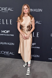 Debby Ryan chose a horse-print midi dress by Chloé for the 2018 Elle Women in Hollywood celebration.