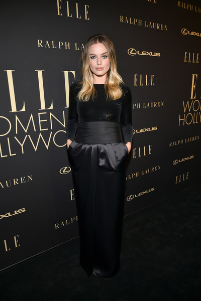 Margot Robbie donned a black sequined top by Ralph Lauren for the 2019 Elle Women in Hollywood celebration.