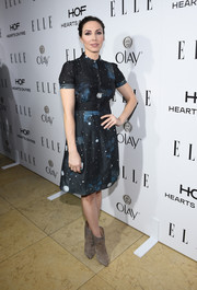 Whitney Cummings worked a cute tea dress in a starry night sky print at ELLE's Annual Women in Television Celebration.