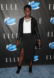 Leslie Jones rocked a studded black jacket by House of Leather UK at the Elle Women in Comedy event.