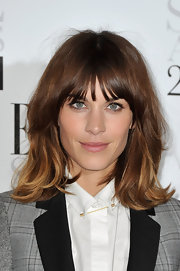 Alexa Chung wore her layered bob with lots of body and subtle tousled waves at the 2012 'Elle' Style Awards.