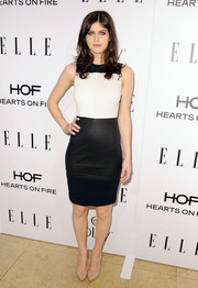 Alexandra Daddario donned a simple yet stylish monochrome lambskin-panel dress by A.L.C. for the Elle Women in Television celebration.
