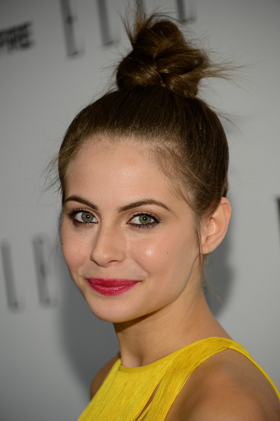 Bold, dark pink lips popped against Willa's bright yellow dress.