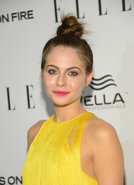 More Pics of Willa Holland Twisted Bun (4 of 9) - Willa Holland Lookbook - StyleBistro
