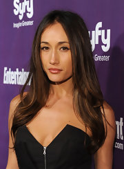 Maggie Q attended the EW Syfy Comic Con event with center part locks.