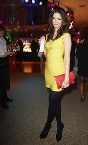 Shermine Shahrivar looked pretty in a yellow bandage dress at the Echo Awards after-party.