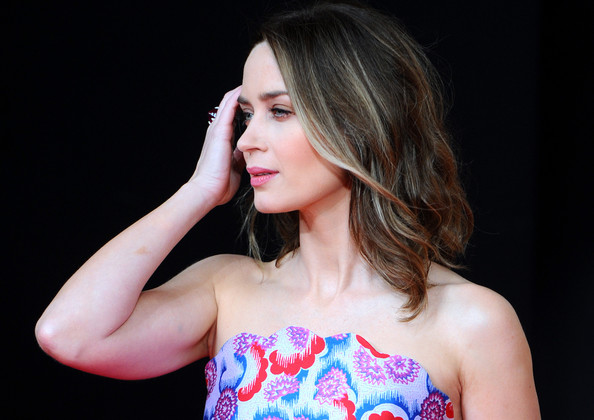More Pics of Emily Blunt Medium Wavy Cut (1 of 26) - Emily Blunt Lookbook - StyleBistro